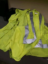 8 warehouse security vest Montréal, H4R 2M3