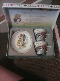 Alice and wonderland collectable set Edmonton, T5T