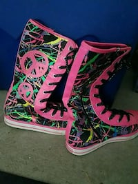 Justice Boots size 7 Pittsburgh, 15237