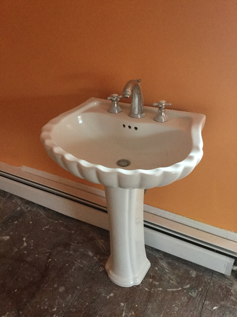 Used Beautiful Porcelain Clam Shell Style Pedestal Sink In Boston