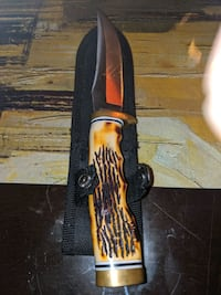 sharade Hunting knife made by uncle henry . Winnipeg, R2K 1N3
