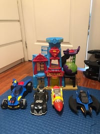 assorted color plastic toy lot Toronto, M8Y 2W9