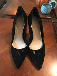 Jessica Simpson heels only worn for about an hour. Size 8.