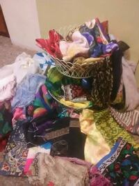 Beautiful assorted scarves Chico, 95926