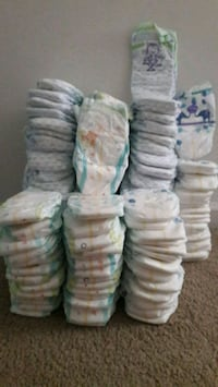 baby's disposable diaper lot Manassas Park, 20111