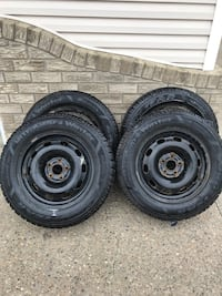 Winter tires Goodyear. 195/65R15 came off a Volkswagen