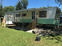 Trailer and Pontoon For sale 2BR 1BA Silver Lake