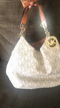 monogrammed beige Michael Kors leather handbag Lancaster, 93535