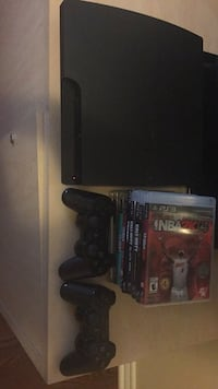 PS3 for sale, 9 games + 2 controllers Toronto