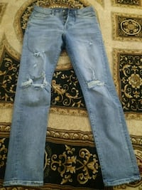 blue denim straight cut jeans Toronto, M2J 2J4