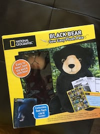 New box of easy stitch a bear from national geographic Calgary, T3K 6J7