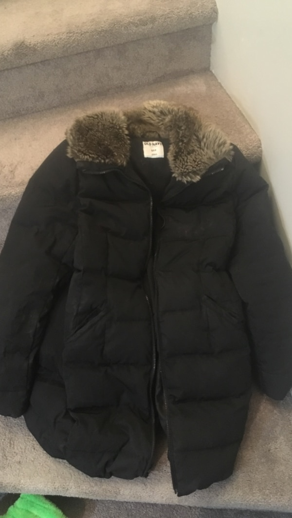 Old navy women's winter jacket guc