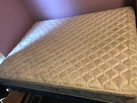 quilted white and gray floral mattress Fort Collins, 80524