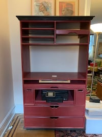 Large Cabinet good for TV and Storage New York, 11372