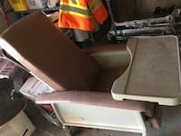 Geri Chair Recliner Almost new  4 years  1 year in use Vaughan, L4L