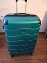 Tag Travel Suitcase