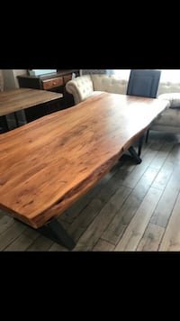 Live Edge Table brand new