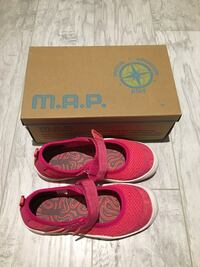 Kid's Shoes Size 2 BNIB