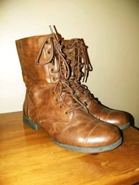 pair of brown leather boots 10 woman Anaheim, 92802