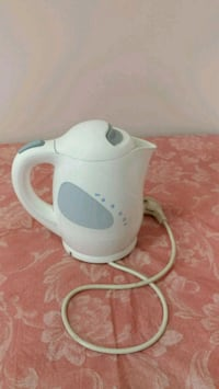 white and gray electric kettle Toronto, M4P 3G8