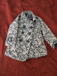 white and black floral long-sleeved shirt Statesboro, 30458