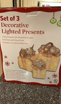Decorated lighted Christmas presents - set of 3 Markham, L6E 1Y3