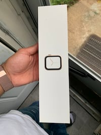 Apple Watch series 4 44mm rose gold Randallstown, 21133