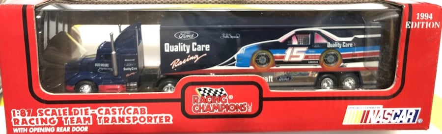 Lake Speed #15 Quality Ford & Bud Moore NASCAR 1:87 Transporter 71d25508-c196-485c-8d3b-3de8d78cb34f
