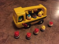 Little Tikes School Bus with Little People Ajax, L1T 1V1