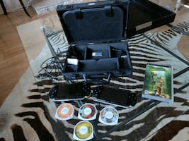PSP set (Playstation Portable) with carrying case