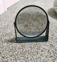 Double sided make up mirror