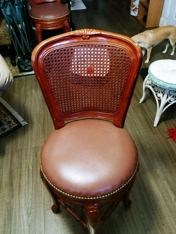 Enjoyable Used Wood Bar Stools For Sale In West Palm Beach Letgo Ncnpc Chair Design For Home Ncnpcorg