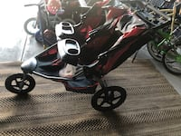 Bob Stroller with drink attachment and tray.  Mickleton, 08056