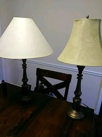 Pair of lamps Gainesville, 30507