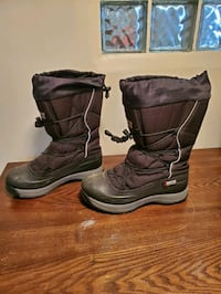 Baffin Canadian snow boots