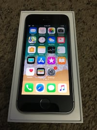 Apple iphone SE Unlocked Lincoln, 68508