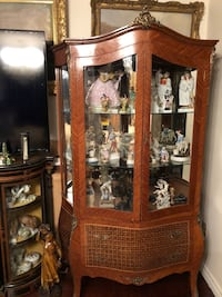 Antique french Louis XV curio display cabinet Toronto, M2R 3N1