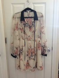 White and pink floral long sleeve dress Washington, 20019