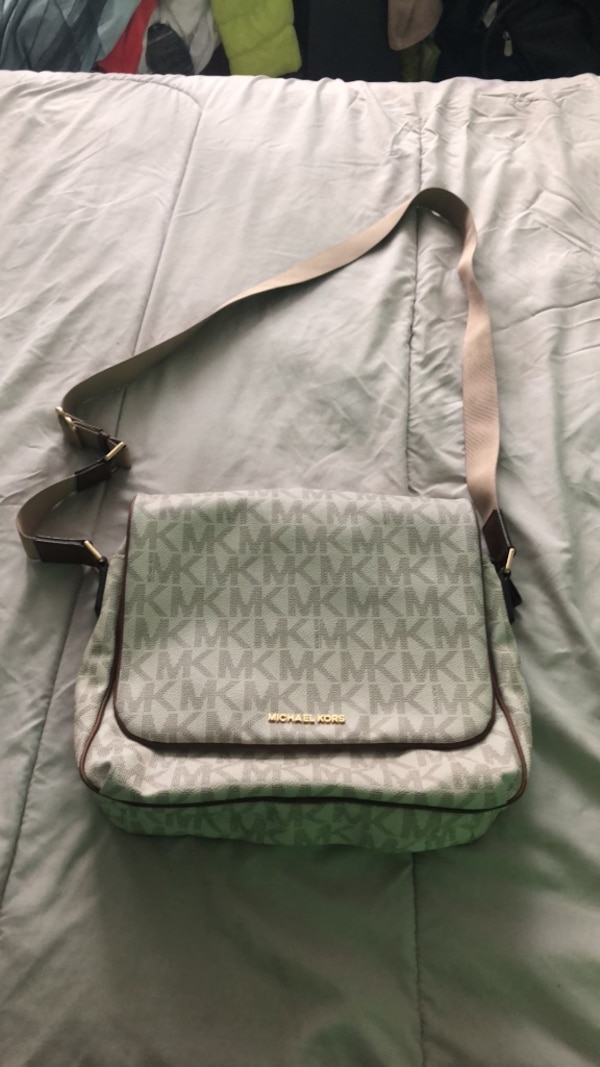 455fa01fbe27 Used gray and black Coach sling bag for sale in New York - letgo