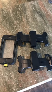 Lifeproof case and 2 clips Hartsville, 29550