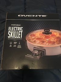 Electric skillet new 20. Lakeside, 92040