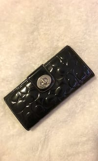 Authentic Coach wallet Vancouver, V5M 2S6