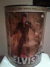 Elvis Presley doll pack