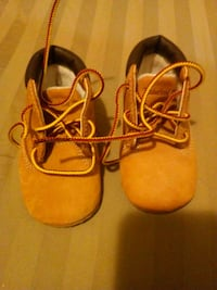 Unisex infants timberland boots size 2