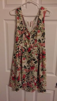 women's multicolored floral sleeveless dress Toronto, M1R 2R9