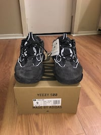 Yeezy 500 Utility Houston, 77099