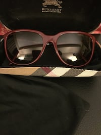 black framed sunglasses with case Richmond, V7A 1N5