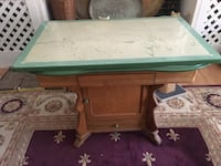 Vintage Enamel Table & Chairs Sykesville, 21784