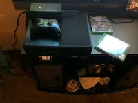 black Xbox One with one controller Santa Maria, 93458