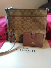 Coach set Woodbridge, 22193